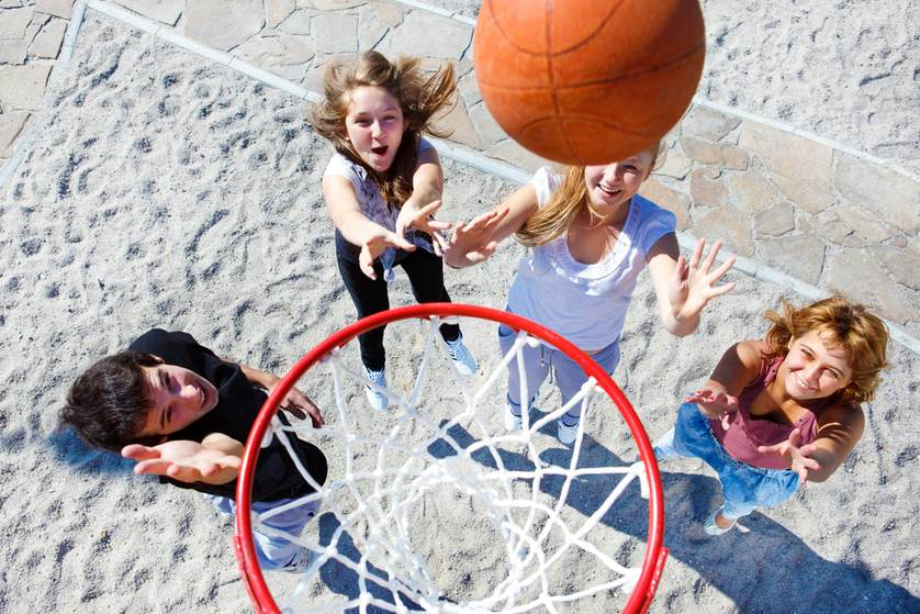 Five Benefits of Sports for your Kids Development